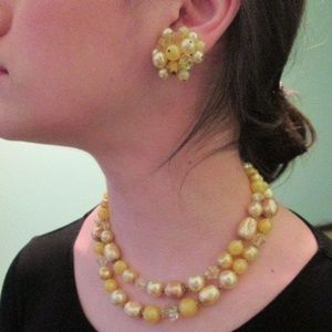 Vintage Pearls Faux Yellow Necklace Earrings